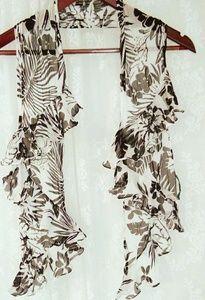 Lauren Ralph Lauren ruffle scarf